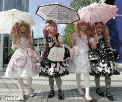 Aumenta el gusto por la moda Gothic Lolita en Japón