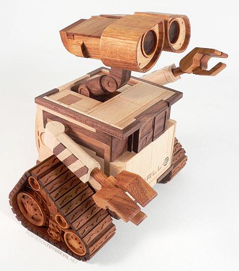 Wall-E en madera