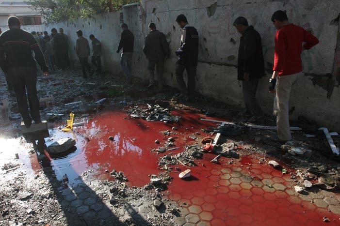 Los Horrores en Gaza en Carteles y Fotografías