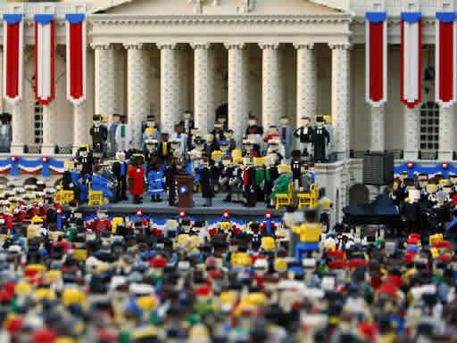 Toma de posesión de Obama recreada en Lego