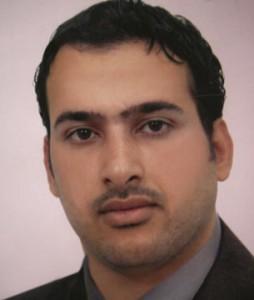 Inicia juicio en contra del periodista iraquí autor del zapatazo a Bush