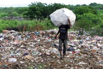 Prohibidas las bolsas de plástico en México