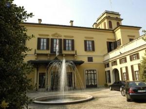 La casa de Berlusconi será Universidad