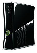 La nueva Xbox Slim es realmente más delgada y pequeña
