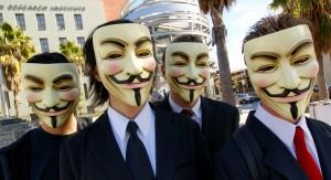 La máscara de Anonymous: famosa y millonaria