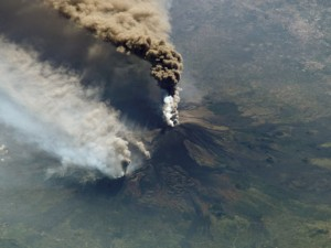 Cuarta erupción del volcán Etna en este año