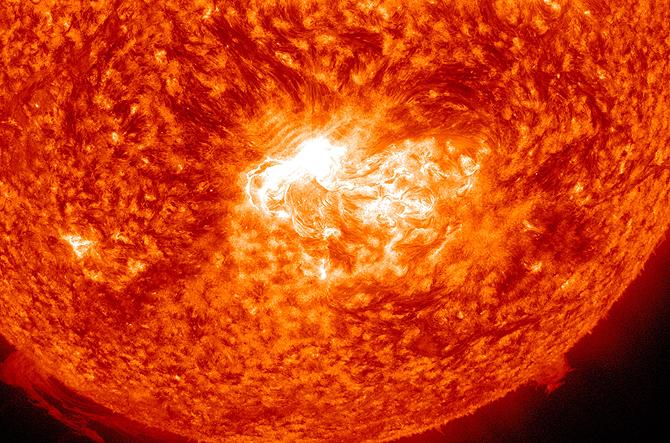 La Tierra recibirá una Tormenta Solar este fin de semana