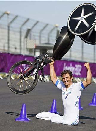 Ejemplos de vida en los Paralímpicos de Londres 2012: Alex Zanardi