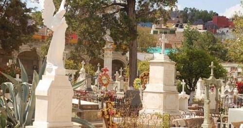 panteon de santa paula,-guanajuato